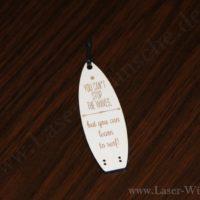 Schlüsselanhänger aus Holz lasergraviert